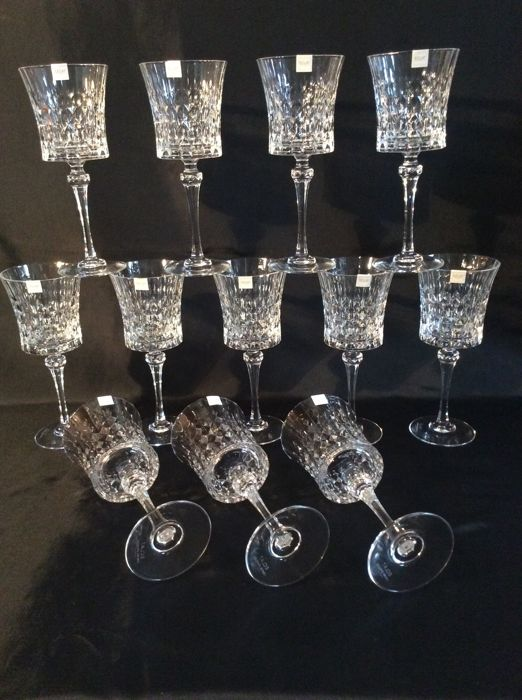 Cristal Darques Lady Diamond.Cristal D Arques 12 Beautiful Faceted Crystal Wine Glasses Lady