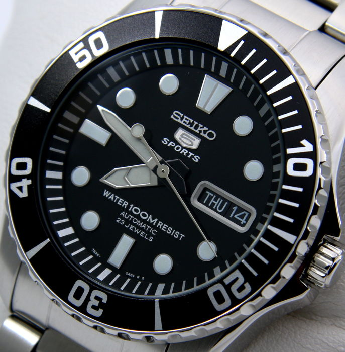 Seiko - Automatic 23 Jewels Black Dial - NO RESERVE PRICE - - Mężczyzna - 2018