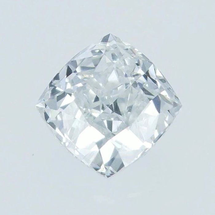 Diamante - 0.58 ct - Cuscino - light blue - VVS1