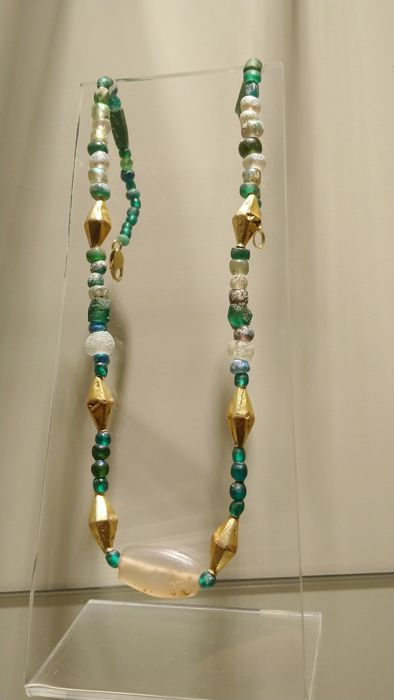 Oud-Romeins Glass, Gold and central Agate bead Necklace  - 50 cm - (1)