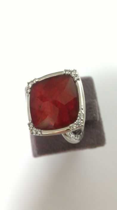 Giorgio Visconti - 18 kt. White gold - Ring - 1.20 ct Ruby - Diamond