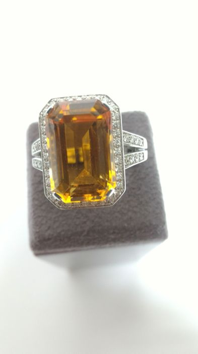 Giorgio Visconti - 18 kt Weißgold - Ring Topas - Diamant