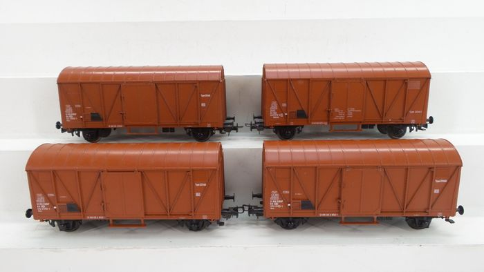 Liliput H0 - 233 94/234 90/233 97 - Freight carriage - 4x closed wagon type Glms - NMBS