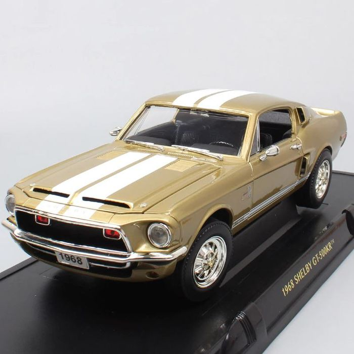 Road Signature - 1:18 - Shelby GT-500KR 1968