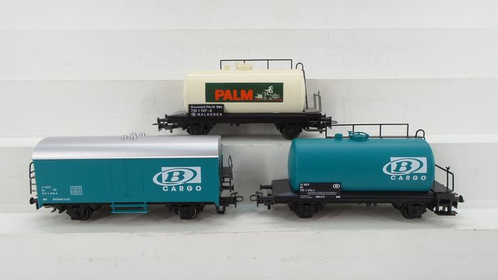 Märklin H0 - 4441-801/4441-803/4441-812 - Freight carriage - 3 Two axle wagons: 2x Cargo 1x 'Palm' - NMBS