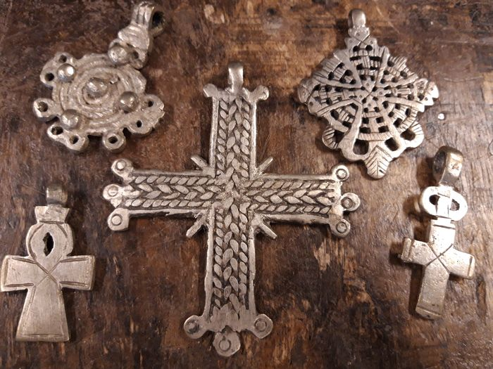 Axum - Lalibela - Addis Abeba - Gondar - Very old Cross Pendants (5) - silver alloy