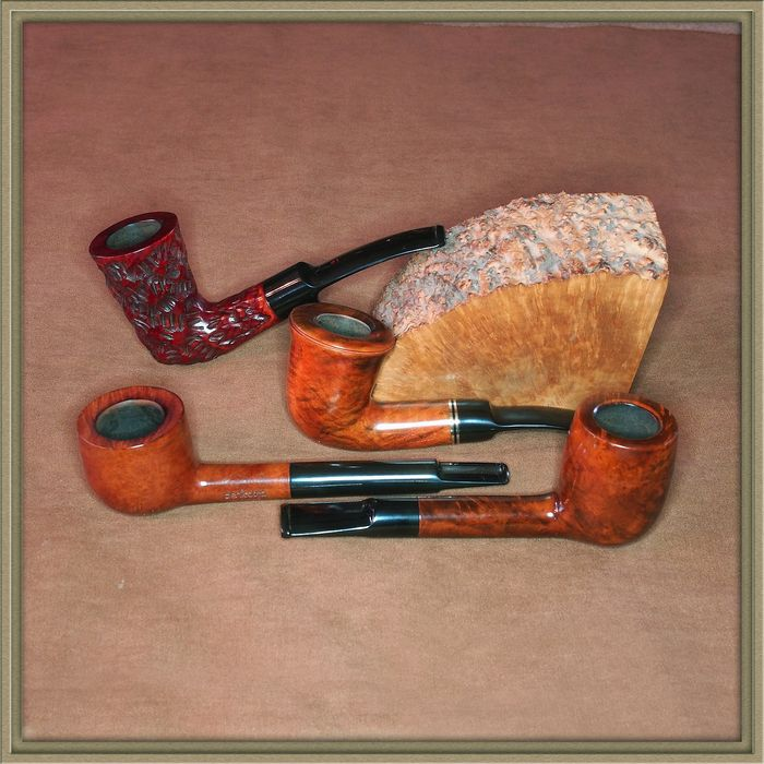 Set of 4 tobacco pipes in top condition