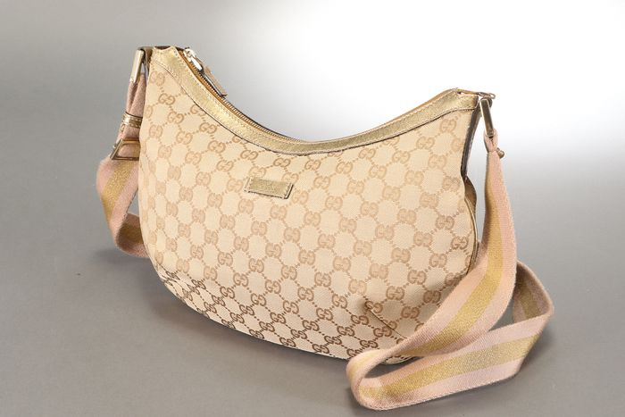 Gucci - G1-4 GG canvas shoulder bag Crossbody bag