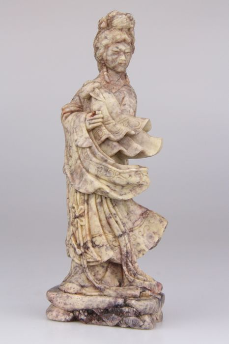 Carving, Statue - Hardstone, Soapstone - Guanyin - China - Second half 20th century