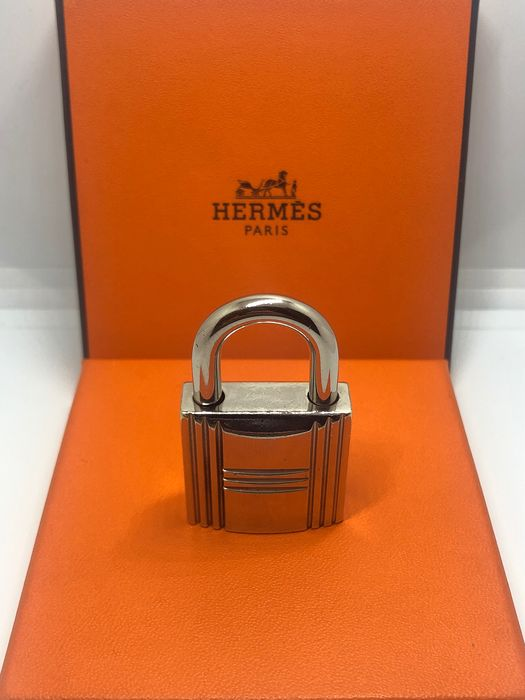 Hermès - Lucchetto big size bag accessory, key ring