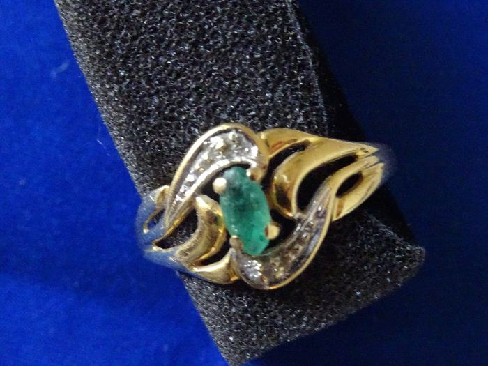 18 kt. White gold, Yellow gold - Ring Emerald