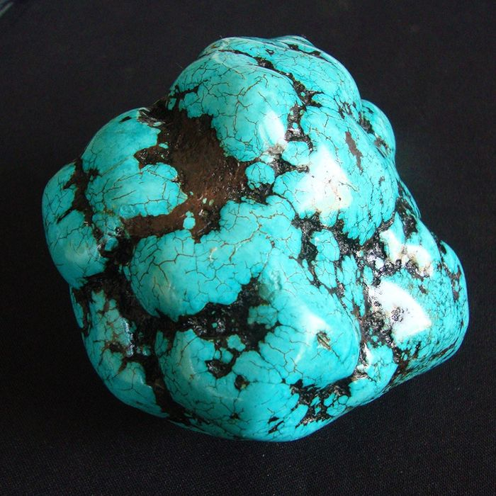 Turquoise Nugget, Natural without trying - 120×98×89 mm - 1130 g