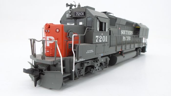 Athearn H0 - 94720 - Diesel-electric locomotive - EMD GP40X with 'Elephant Ears' - Southern Pacific