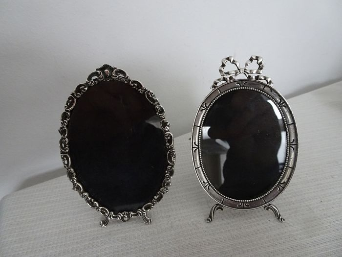 2 Dutch silver photo frames (2) - .835 silver, .925 silver - Netherlands - Second half 20th century