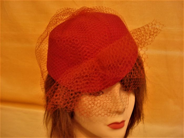 Raro MARY QUANT  inizi anni '70 .  Women's hat with veil