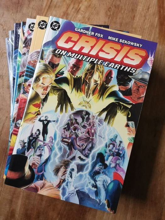 Various - Crisis on Multiple Earths / The Metabarons - Trade Paperback - Different editions
