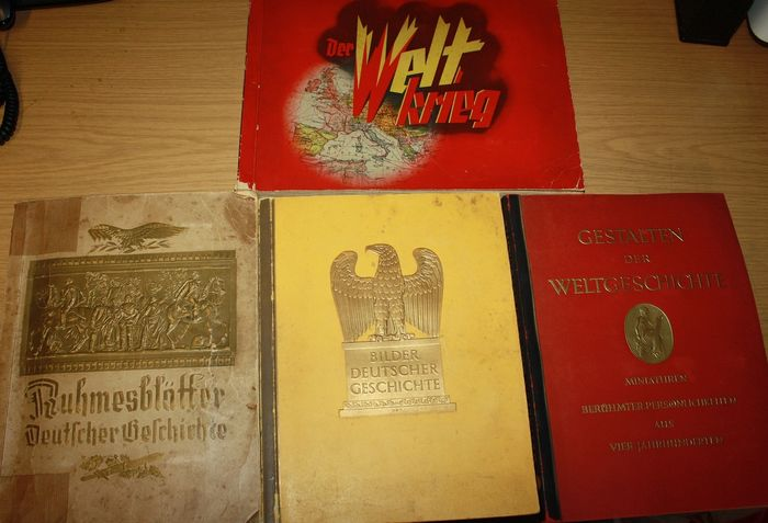 Germany - 4 cigarette picture albums: The World War, shapes of world history, pictures of German history, - 1935