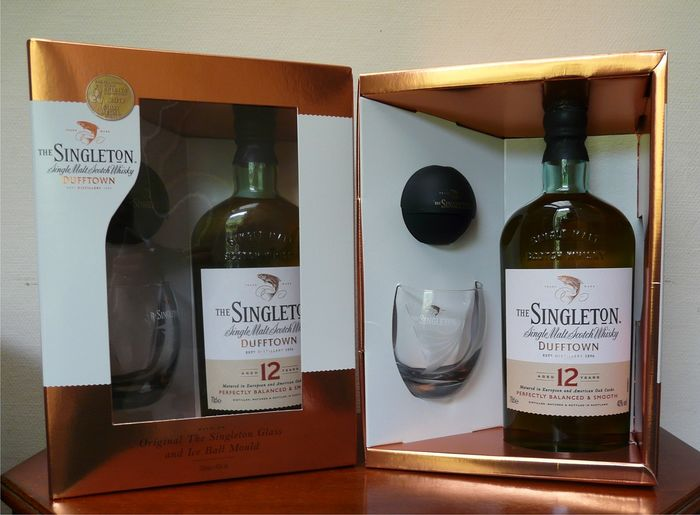 Dufftown 12 years old Singleton giftset with glass & Ice Ball Mould - 70cl - 2 bottles