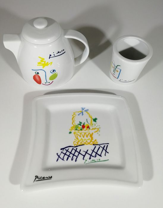Pablo Picasso (after) - Tognana - 3 pieces - Earthenware