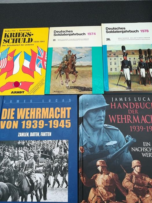 Germany - Wehrmacht, history, facts, data, equipment, weapons - Book, 5x Wehrmacht World War II soldiers calendar