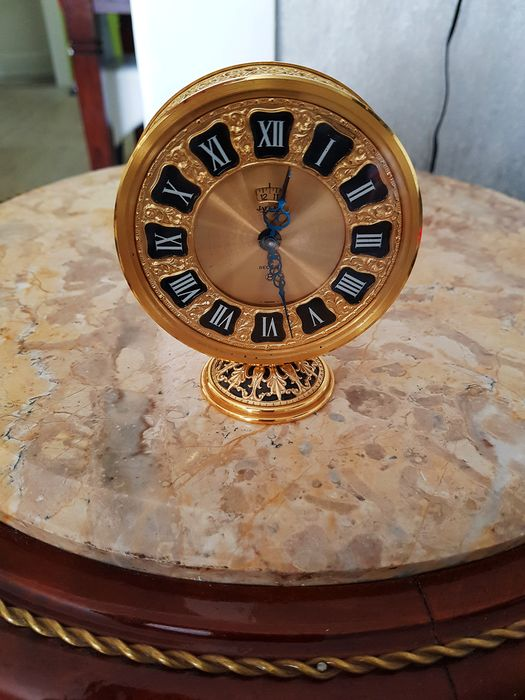 Travel clock - Jaeger Le Coultre - Brass golden - mid 20th century