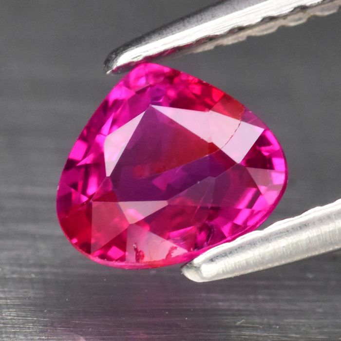 Ruby - 0.74 ct