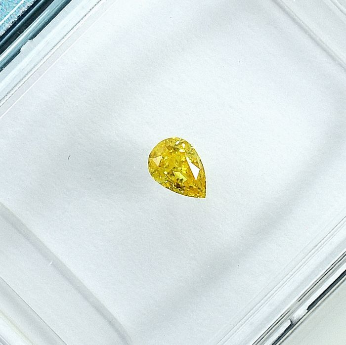 Diamant - 0.12 ct - Birne - Natural Fancy Intense Yellow - I1 - NO RESERVE PRICE