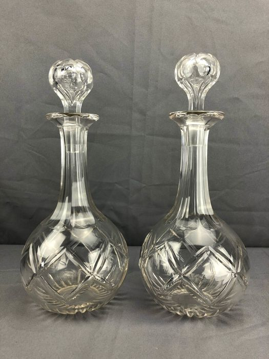 Pair of Victorian  decanters with hollow stoppers- late 19th century