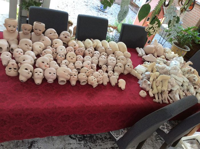 diverse merken - large collection of doll parts