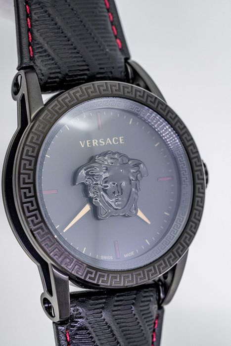 Versace - Palazzo Empire Watch Black PVD Black Leather strap Swiss Made - VERD00218 - Hombre - Brand New