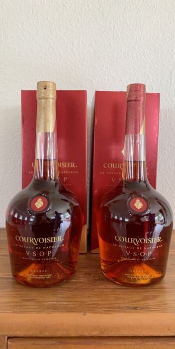 Courvoisier - Le Voyage De Napoleon V.S.O.P. (Travel Retail Exclusive) - 1,0 l - 2 flaschen