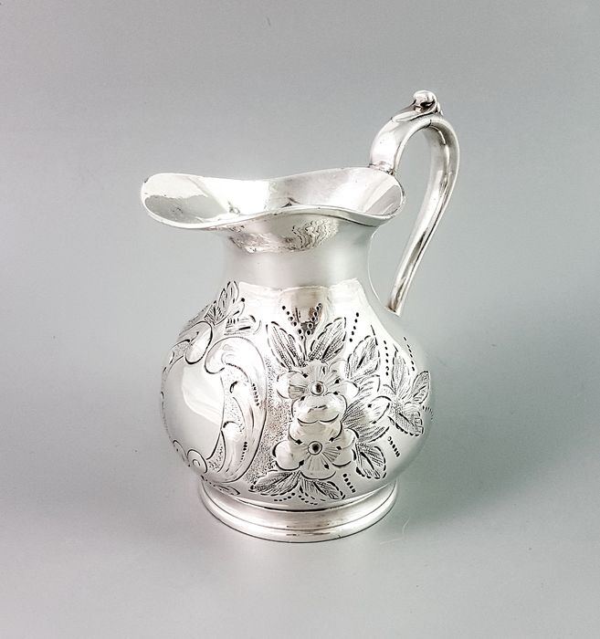 Sheffield - Jug, Milk pitcher, Creamer (1) - Rococo Style - Silverplate