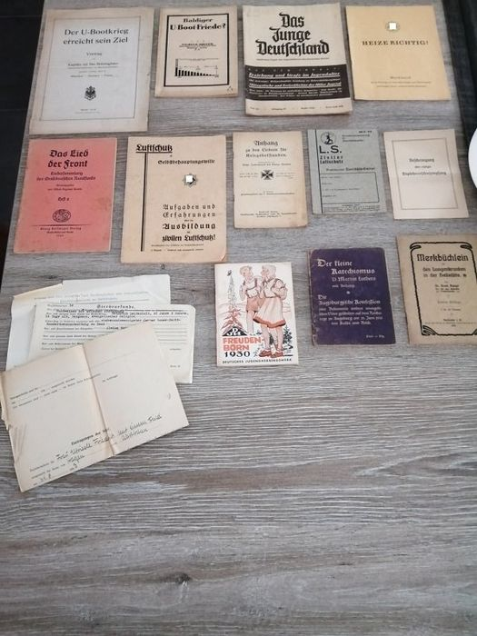 Germany - 15 books / documents - Luftschutz - U-Boot - Liederenbucher - Book, Document