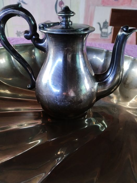royal england,broggi - Teapot, Tray - Steel
