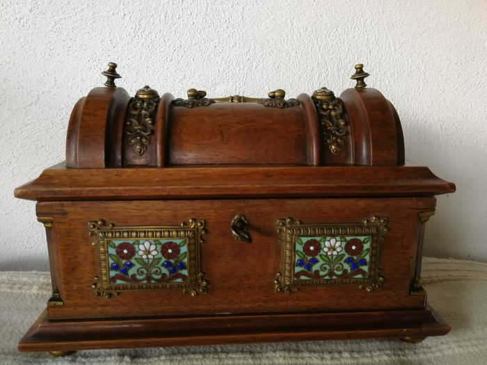 Antique wooden jewelry box (1) - Art Nouveau - Ceramic, Wood - Early 20th century