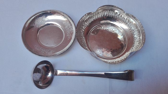 Sugar bowl, teaspoon and saucer (3) - .800 silver