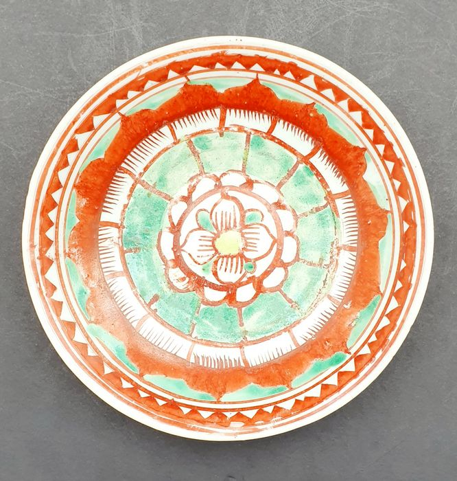 Plato (1) - Porcelana - Very nice Swatow Ming polychrome plate - China - siglo XIX