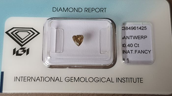 1 pcs Diamond - 0.40 ct - Triangle - fancy deep yellow brown - I1