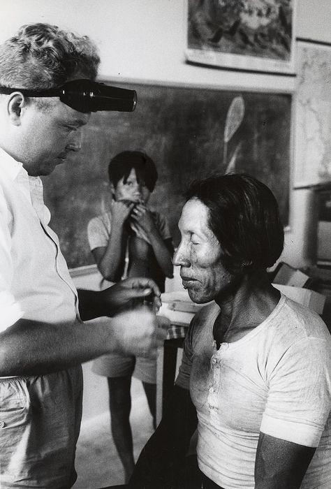 Lisl Steiner (1927-) / Keystone - Medical Care for the Caraya Tribe by the Brazilian Government, c.1960s
