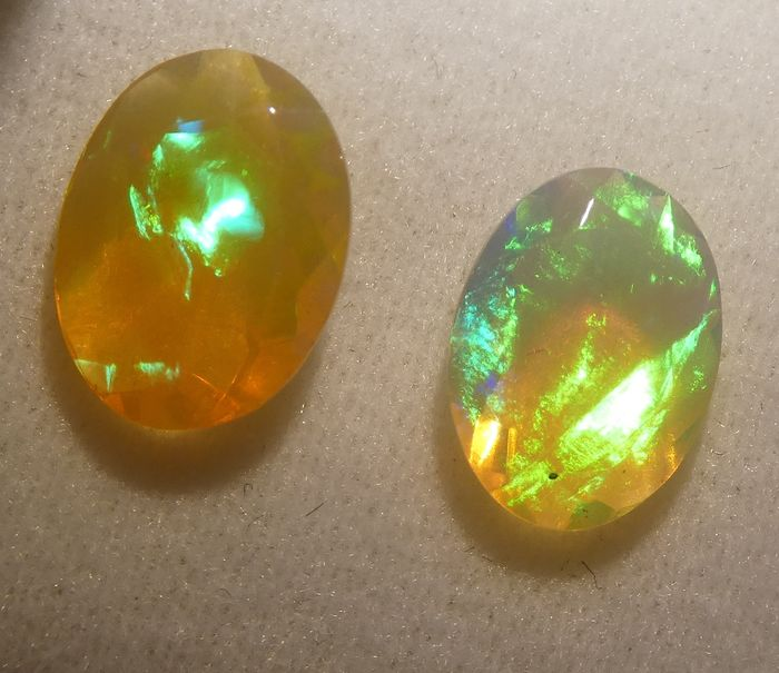 Opal Pair - No Reserve Price - 2.44 ct
