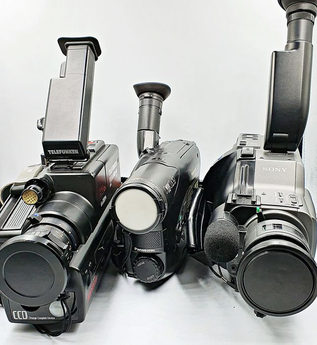 Panasonic, Sony - Lot of 3 Video Camera Recorder with Transport Case