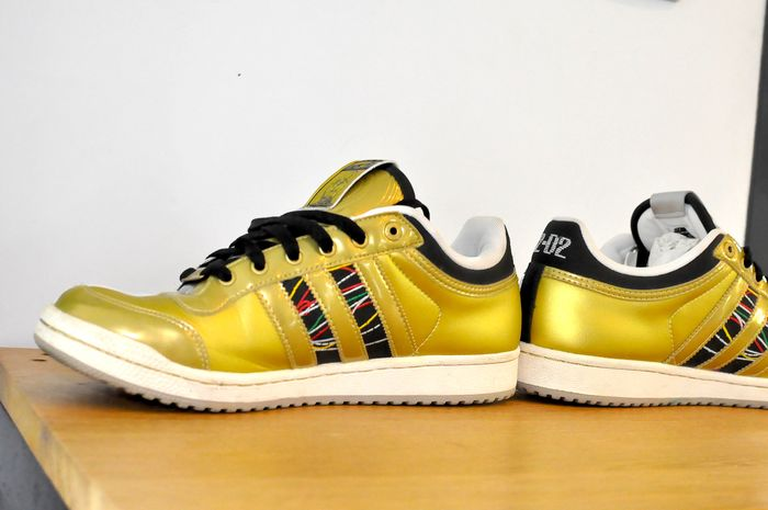 Star Wars C3PO and R2D2 sneakers Adidas Droids Size