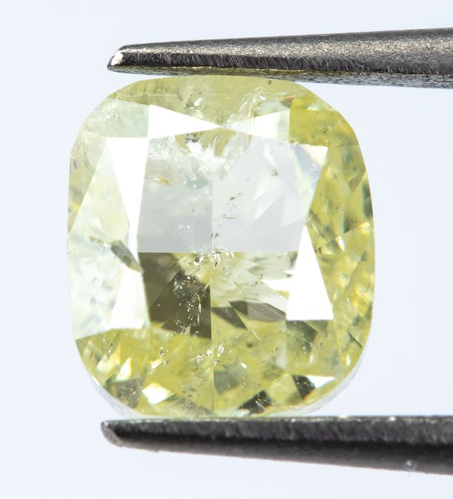 Diamond - 1.01 ct - Natural Fancy Light Yellow - SI2  *NO RESERVE*