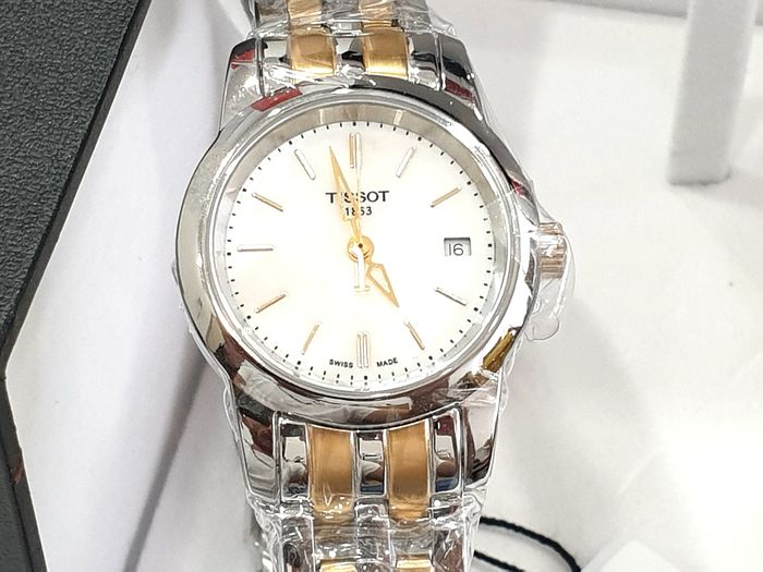 """Tissot - """" NO RESERVE PRICE """" CLASSIC DREAM - Two Tone Steel & Gold - T033.210.22.111.00 - Swiss Made Movement - Mujer - 2011 - actualidad"""