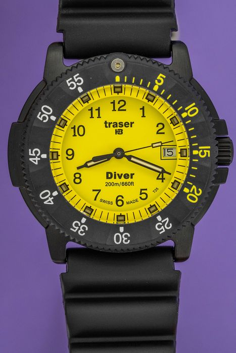 Traser - H3 Diver Yellow with Black Silicone Strap Swiss Made - 100217  - Unisexe - BRAND NEW