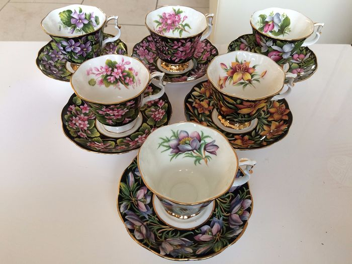 Royal Albert - A coffee service from the Romantic Provincial Flowers (12) - Porcelain