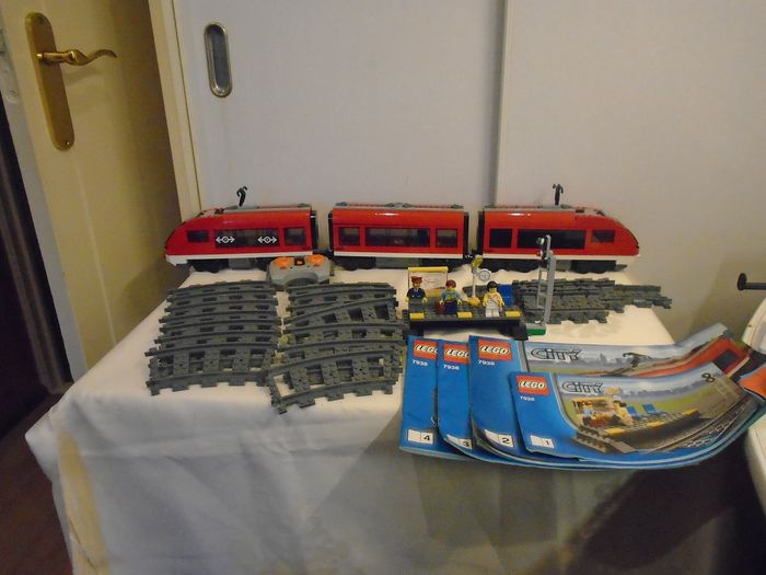 LEGO - LEGO City- 7938 - Passenger Train + Accessories Toys LEGO for sale