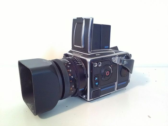 Hasselblad, Carl Zeiss 203FE with 80 mm F and 80 mm CFE lenses