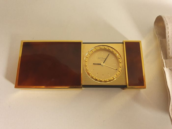 DUPONT travel clock - Gold plated and powder coated black China lacquer - 20th century