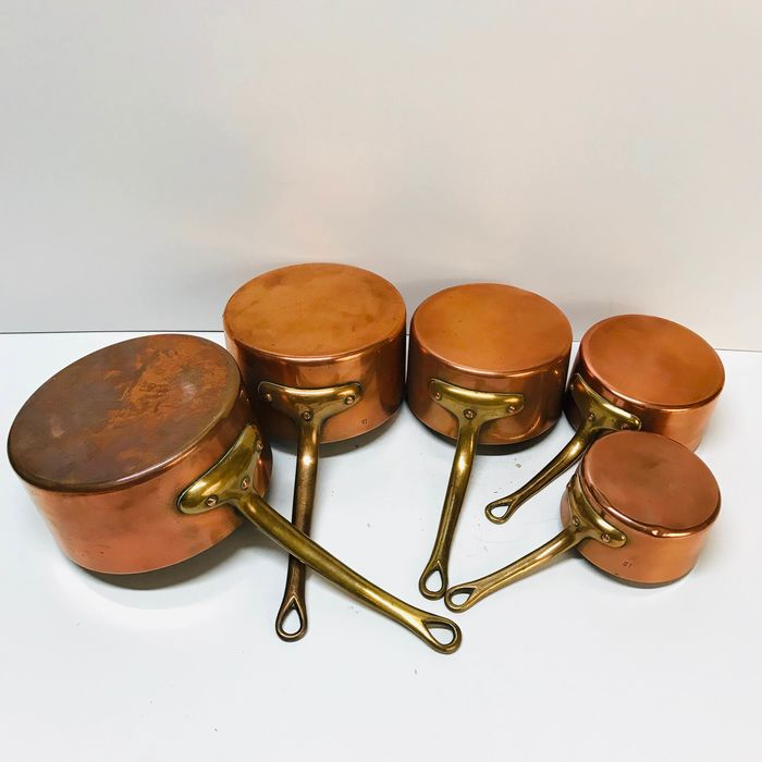 Authentic Set of 5 copper pans with brass handle (5) - Brass, Copper